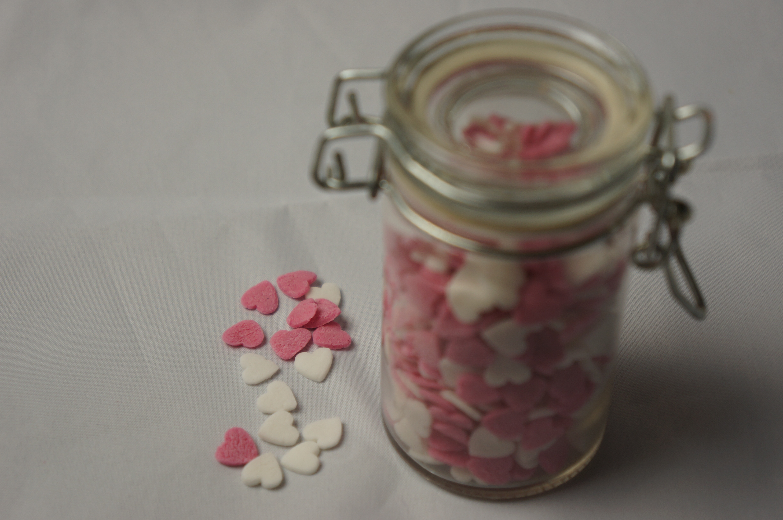 Pink og hvide sukkerhjerter
