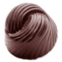 Chokoladeform med mønster på toppen