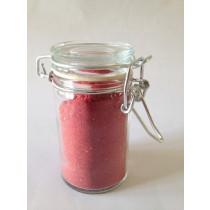 Jordbærpulver i sekskantet glas