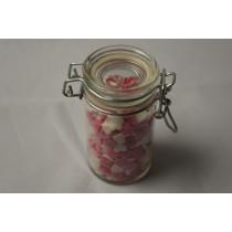 Hvide og pink hjerter i flot glas